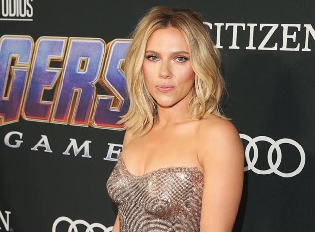 Actress Scarlett Johansson visits Mayor István Tarlós, Commending Leadership Skills post's picture