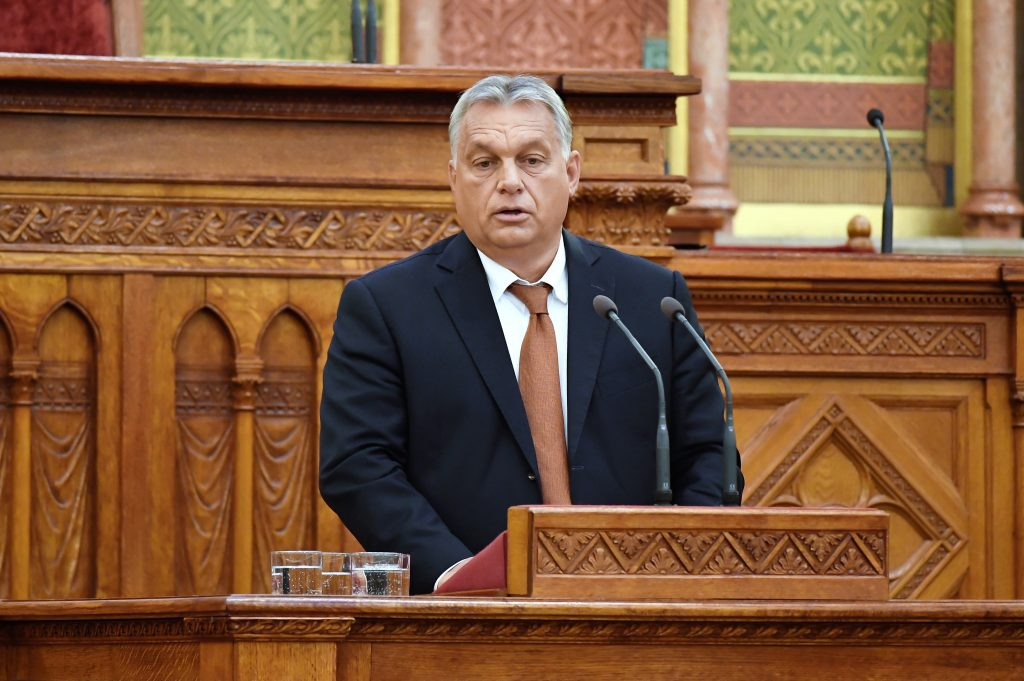 Coronavirus – Orbán: Gov't Suspends Debt Service for Businesses, Individuals post's picture