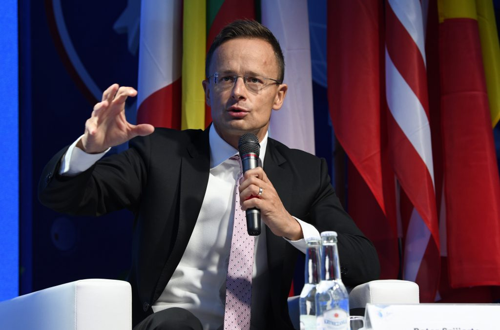 Szijjártó: West Wants to 'Break C Europe Competiteveness' through 'Socialist-Type' Proposals post's picture