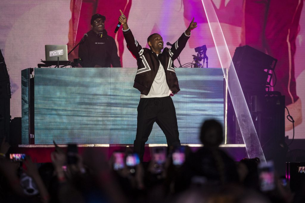 Will Smith Birthday Concert at Budapest's St. Stephen's Square – Videos! post's picture