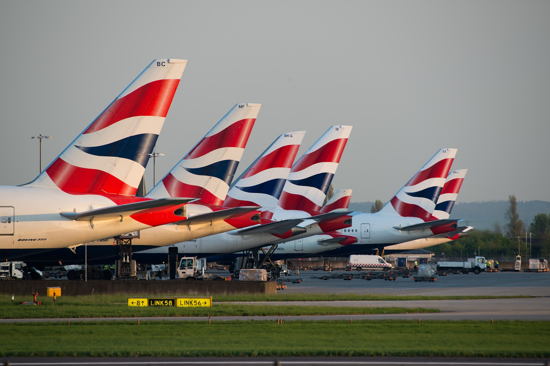 Empty terminals as British Airways tells passengers to avoid travelling