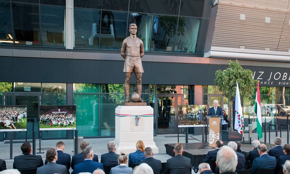 Statue of Golden Team Legend Sándor Kocsis Unveiled at Groupama Arena post's picture