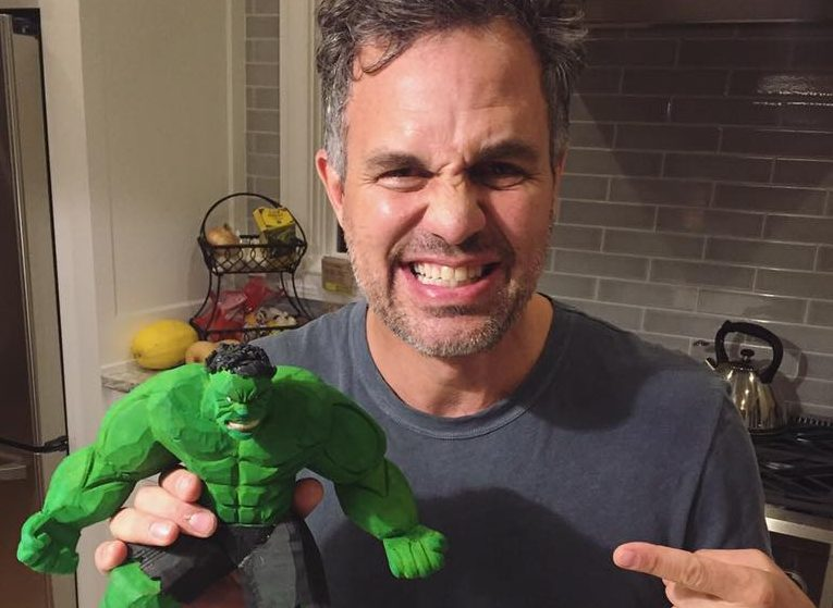 "Hollywood Star Mark Ruffalo, ""the Hulk"", Congratulates Budapest Opposition post's picture"