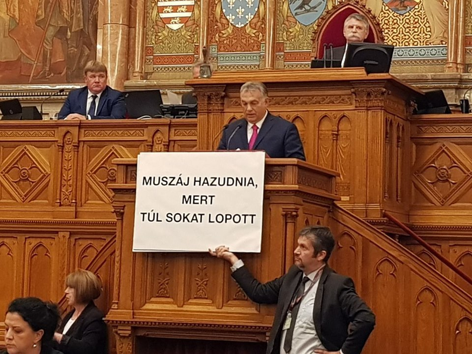 Scandal in Parliament: Opposition MP Disrupts Orbán's Speech, Outrages House Speaker post's picture