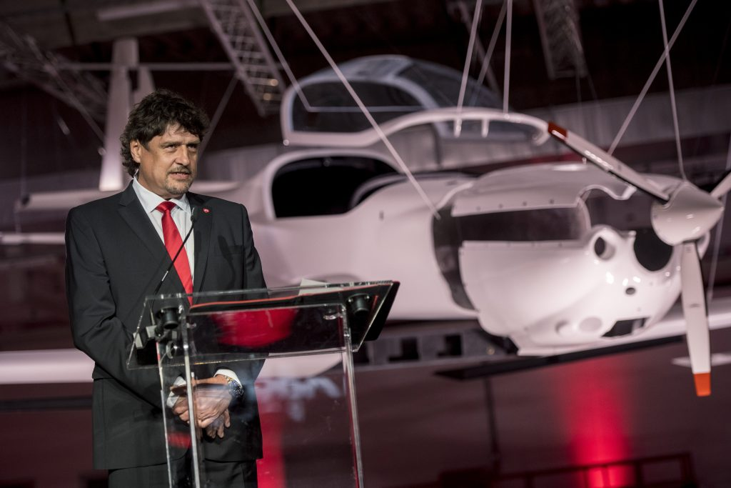 Magnus Aircraft Inaugurates Huge Production Hall in Pécs post's picture