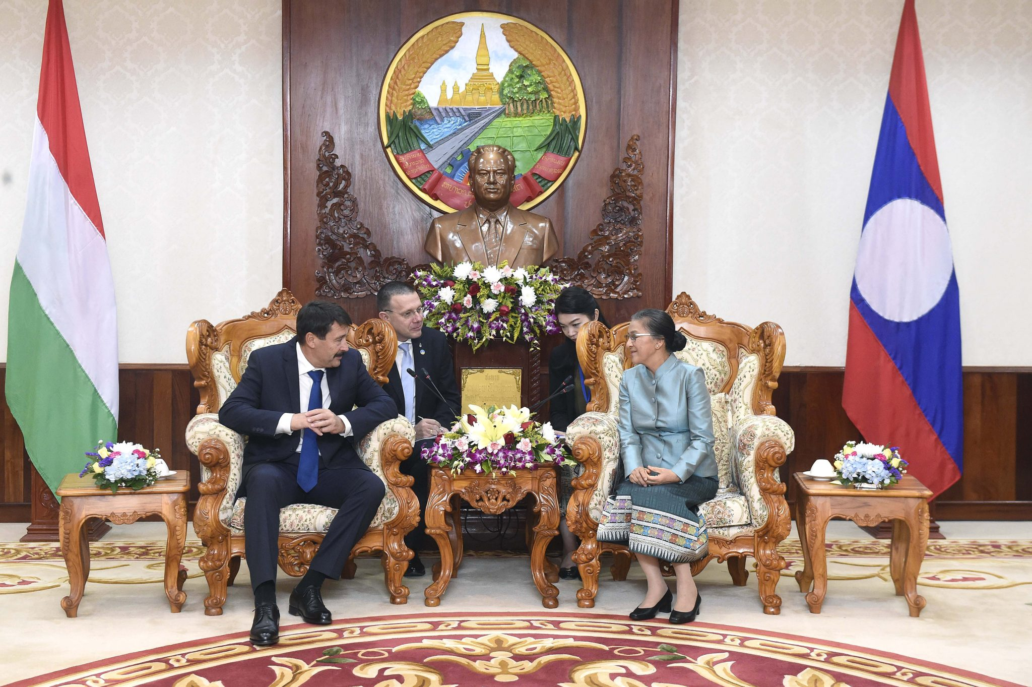 Áder Discusses Education Cooperation, Aid Scheme in Laos post's picture