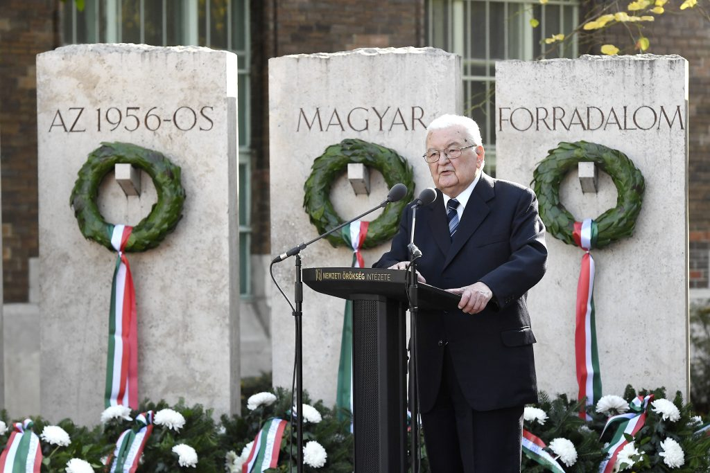 Former PM Boross: 1956 Shows Hungarian Resilience post's picture