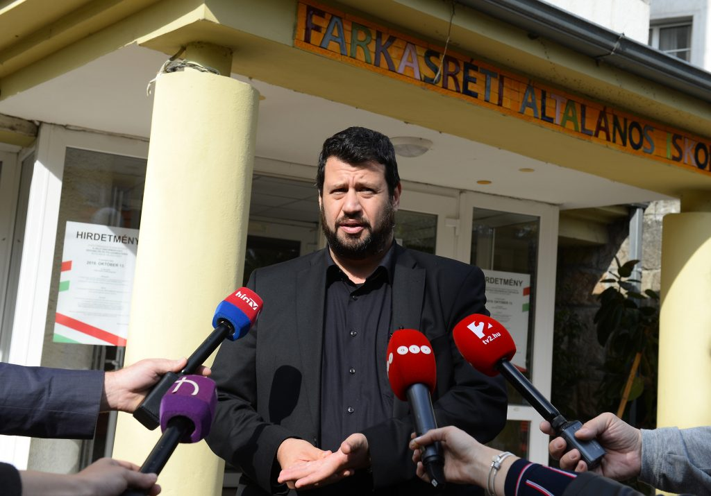 Puzsér: 'Elections Becoming Less about Country or City more about Tribal Warfare' post's picture