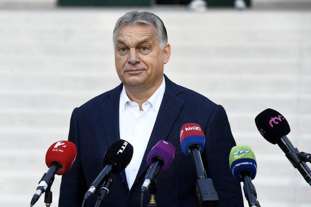 Orbán Congratulates Romania's Orban on Election as PM post's picture