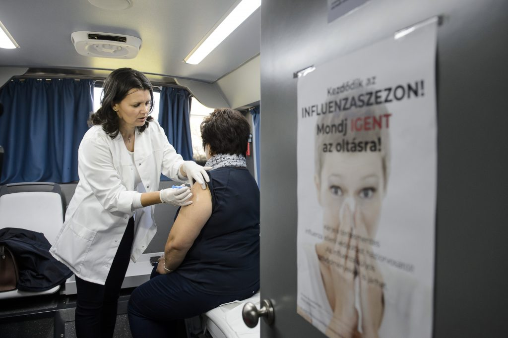 Flu Vaccine Available Free of Charge from Oct 20 post's picture