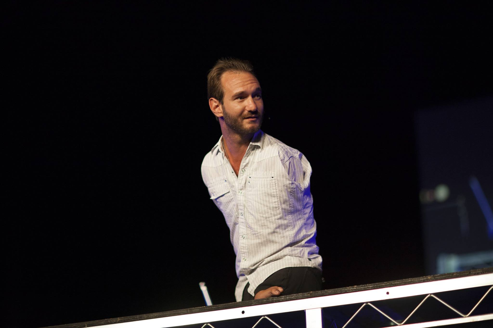 Motivational Speaker Nick Vujicic Held Full House Lecture in Budapest post's picture
