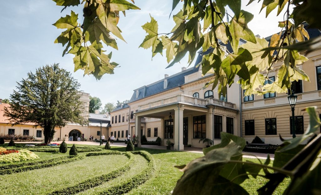 Three Hungarian Castle Hotels Receive Heritage Hotels Award post's picture