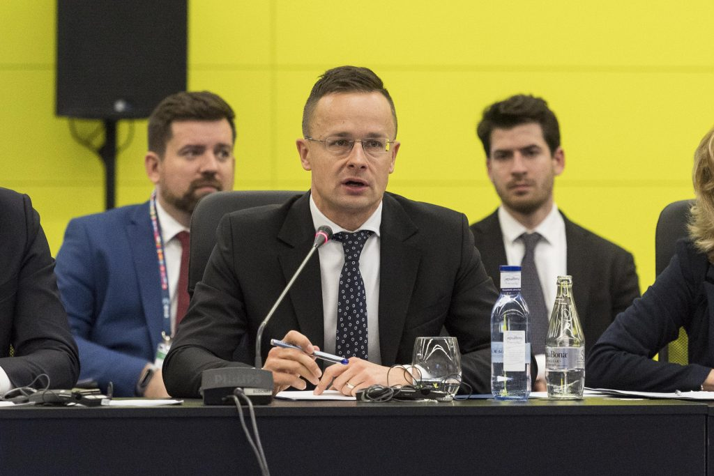 Foreign Minister Szijjártó Warns of Growing Migration Pressure post's picture