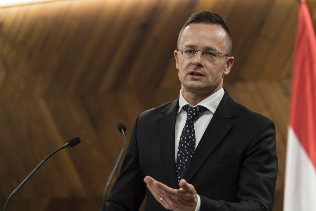 Szijjártó Urges Ukraine to Change Language Law after Venice Commission Opinion post's picture