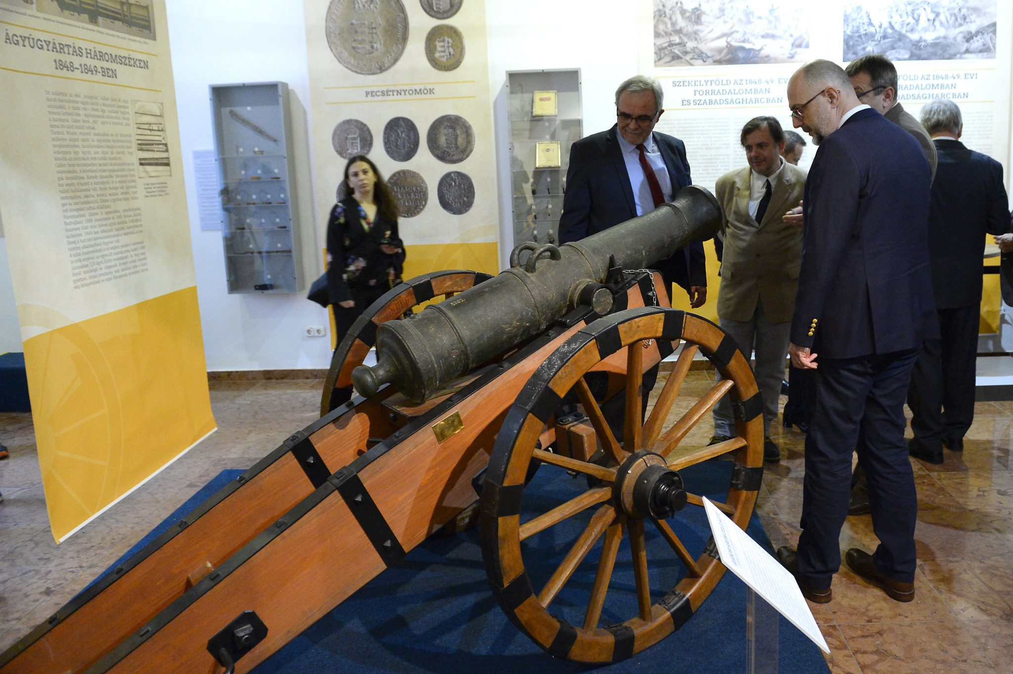 Áron Gábor's 1848 Revolution Copper Cannon Displayed in Budapest Museum post's picture
