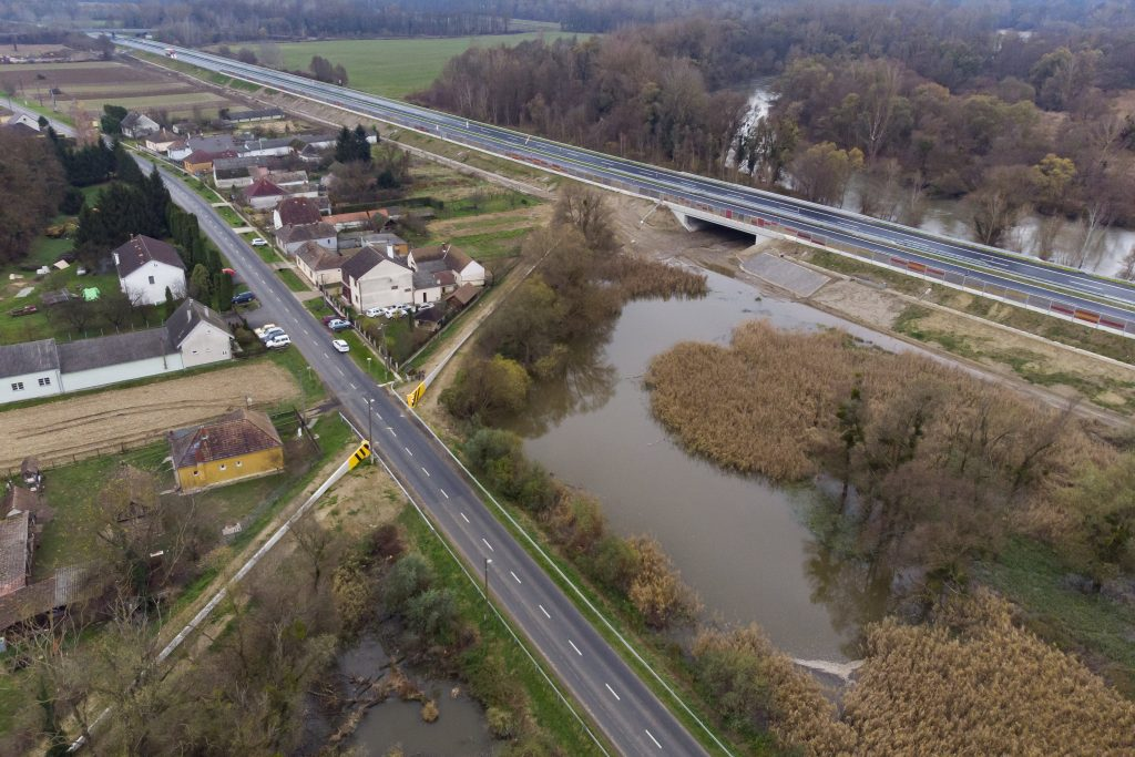 EC Announces EUR 145m EU Support for Hungary Flood Protection post's picture