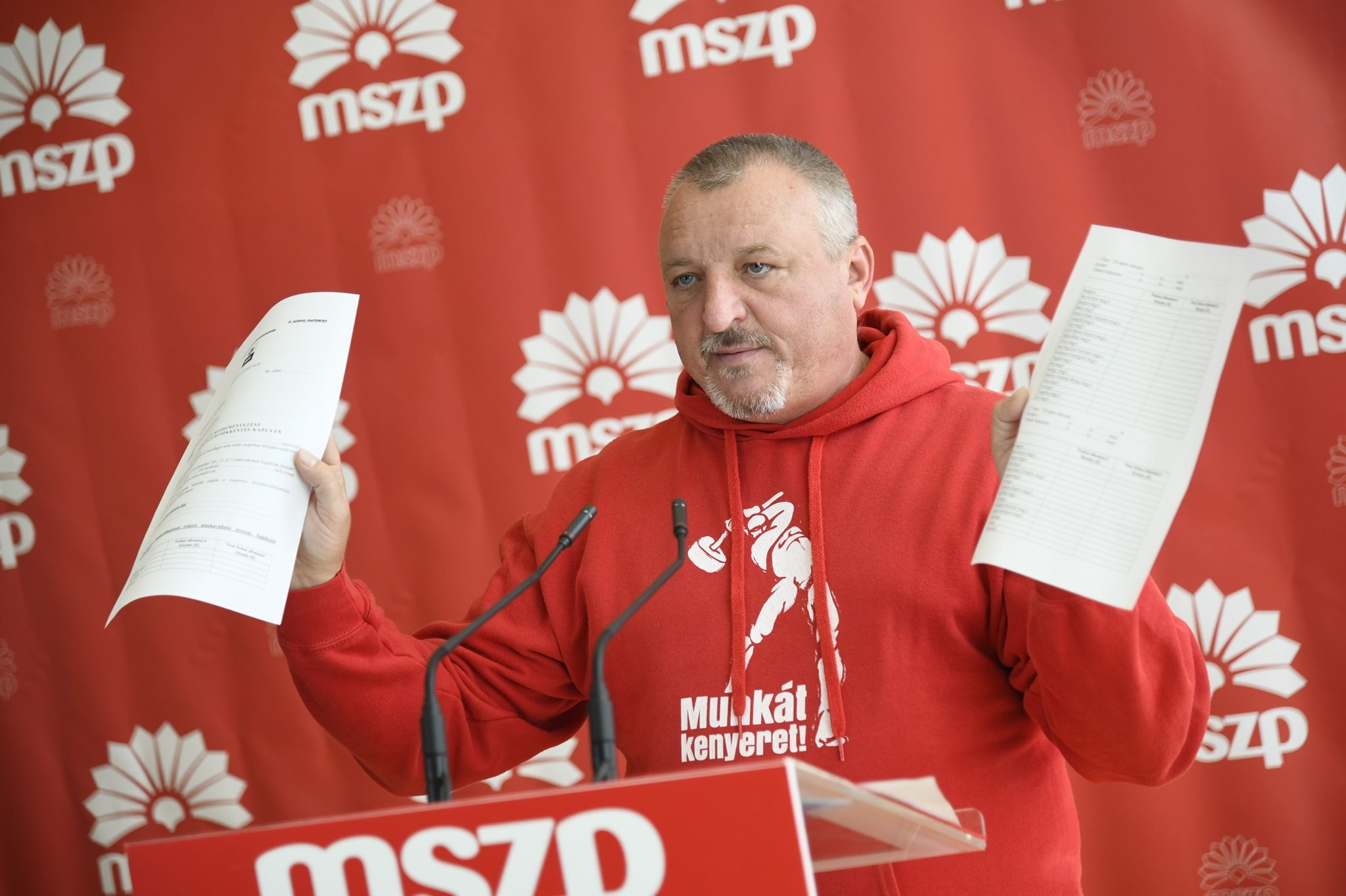 Socialists Call for Scrapping 'Slave Law' post's picture