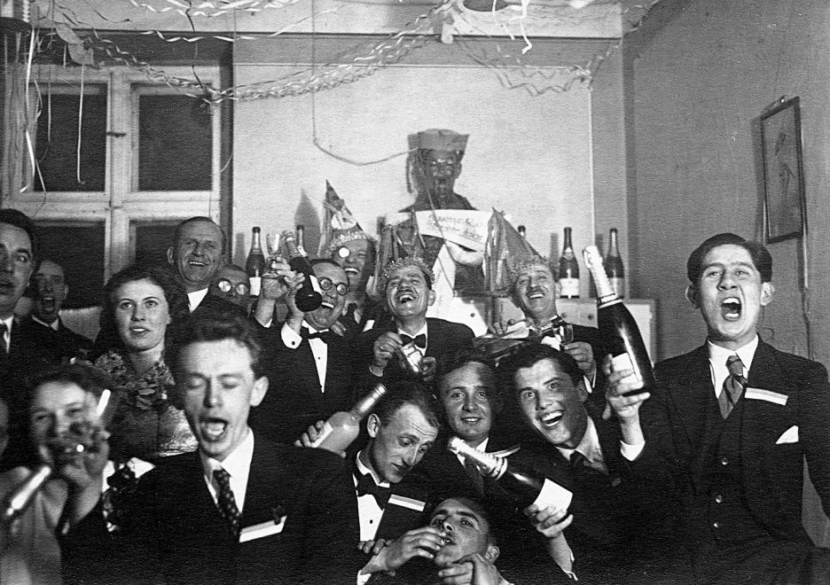 How Hungarians Celebrated New Year's Eve in the 20th Century post's picture