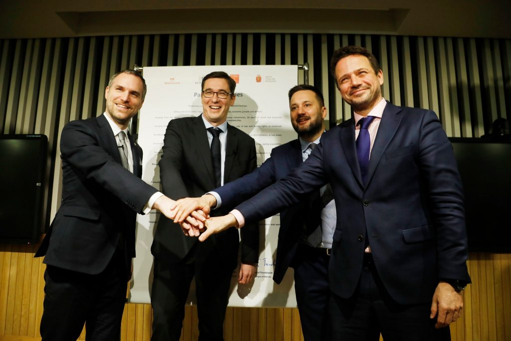 V4 Opposition Capital Mayors Make Alliance and Publish Joint Article post's picture