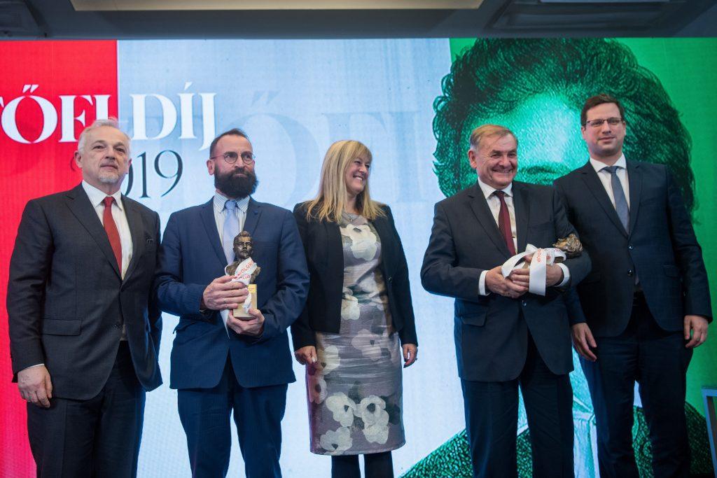 Fidesz MP Lezsák and Fidesz MEP Szájer Awarded Petőfi Prize post's picture