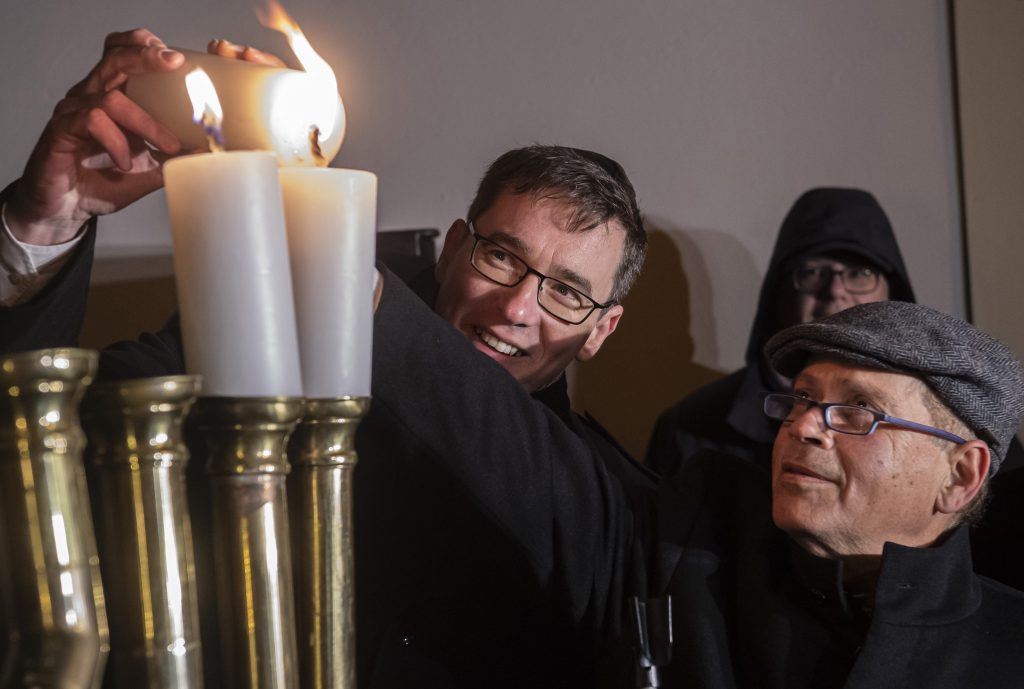 Hanukkah Celebrated in Buda Castle post's picture