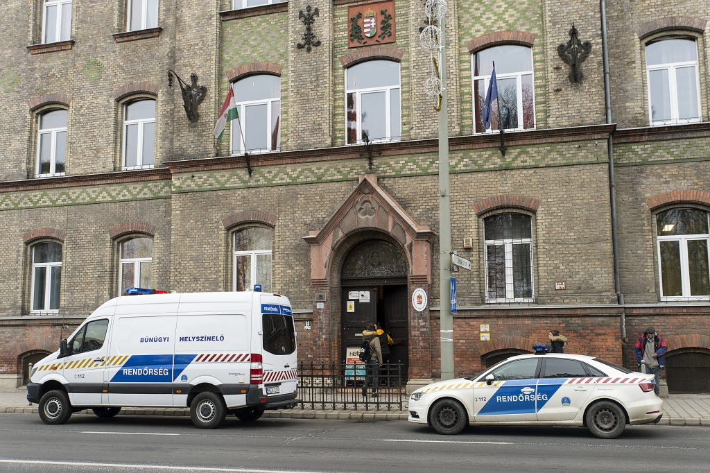 Brutal School Stabbing in Hungary: 17-Year-Old Student Attacks Teacher in Győr High School post's picture