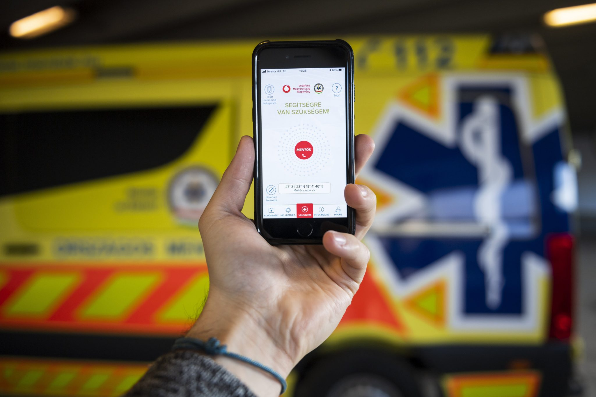 Ambulance Service's New Free App Makes Emergency Calls Faster and More Precise