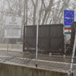 Court Hands Prison Sentence to Migrants Breaking Through Röszke Border Fence