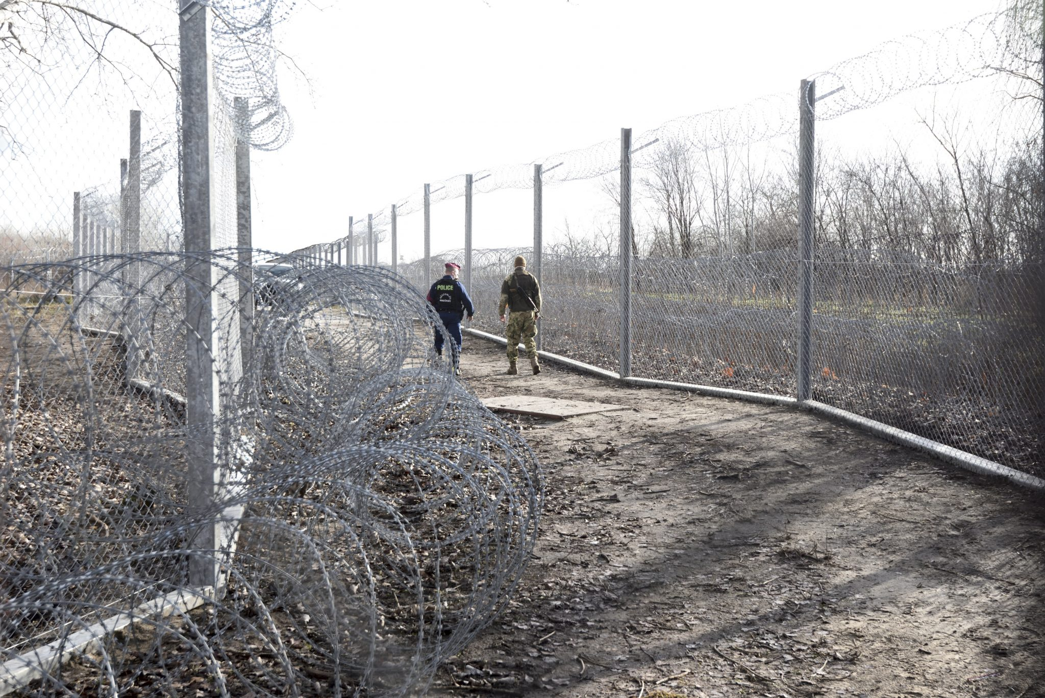 Hungarian Press Roundup: Hungary Closes Down Transit Zones post's picture