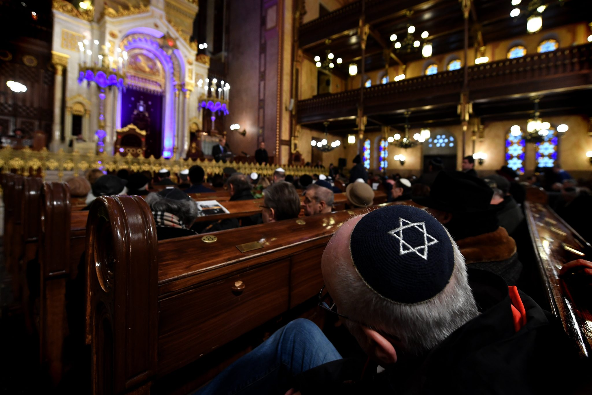 Budapest Ghetto Liberation Commemorated at Dohány Street Synagogue post's picture