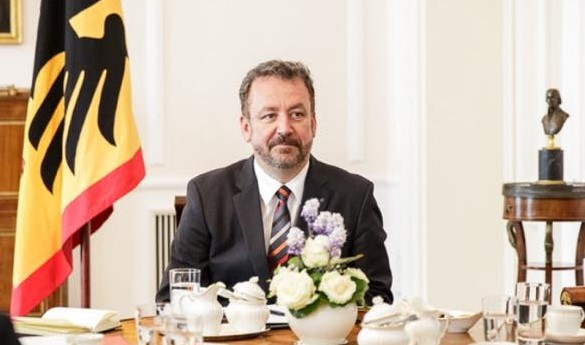German Gov't Commissioner Praises Hungary's Minority Policy post's picture
