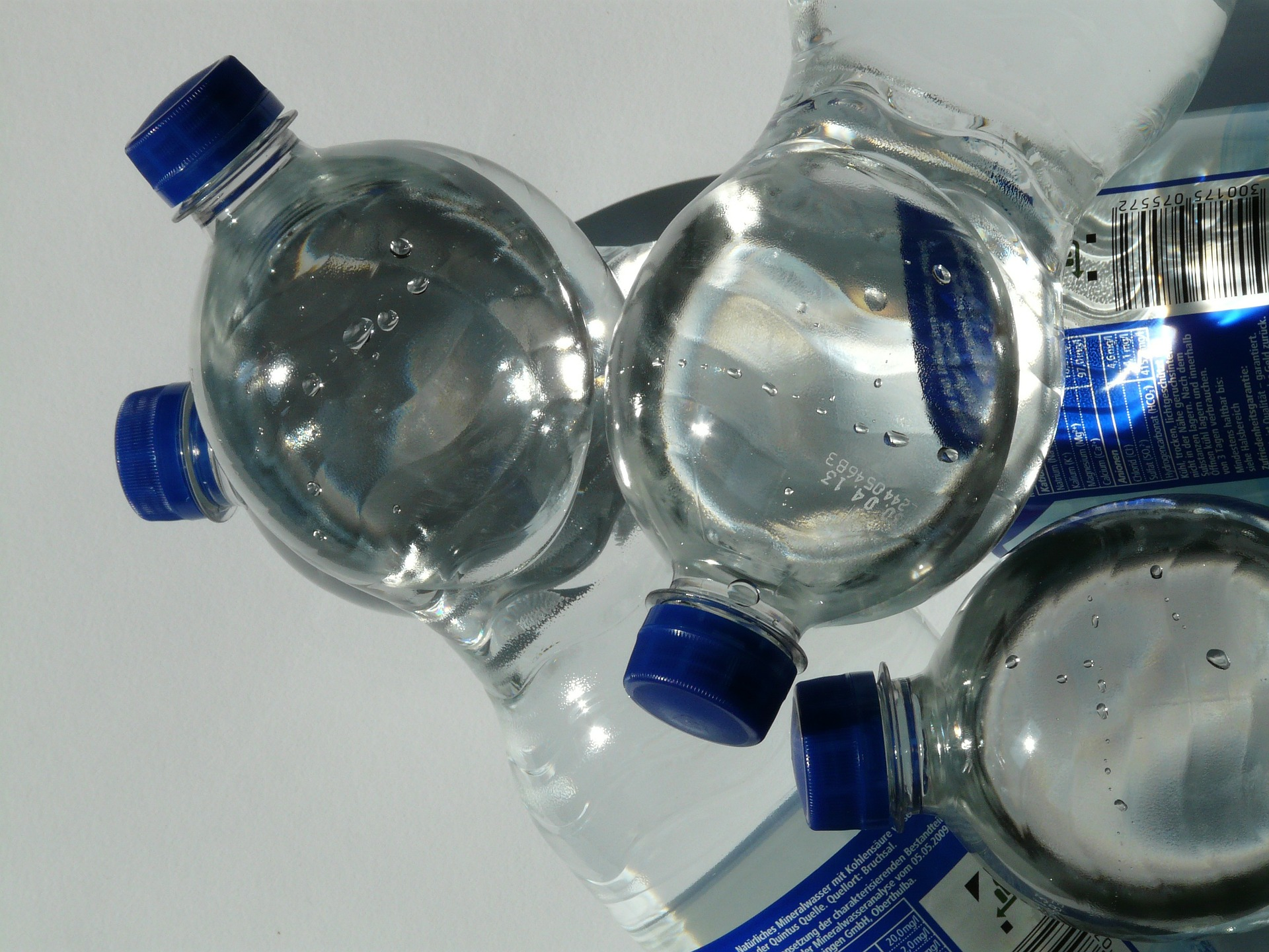 Mineral Water and Soft Drink Companies to Increase Share of Recycled Plastics in Bottles post's picture