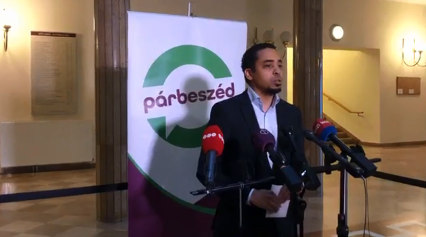 Párbeszéd Calls for Consultation on Housing post's picture
