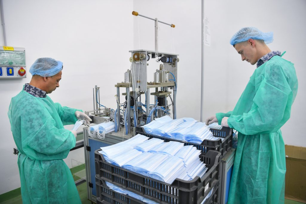 Coronavirus: Prisoners Step up Face Mask Production post's picture