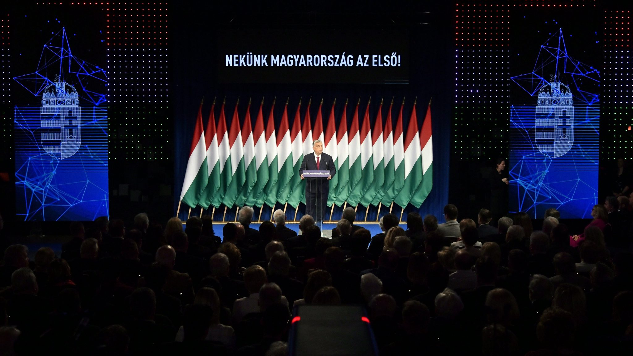 Opposition: PM Orbán Talked about Parallel World post's picture