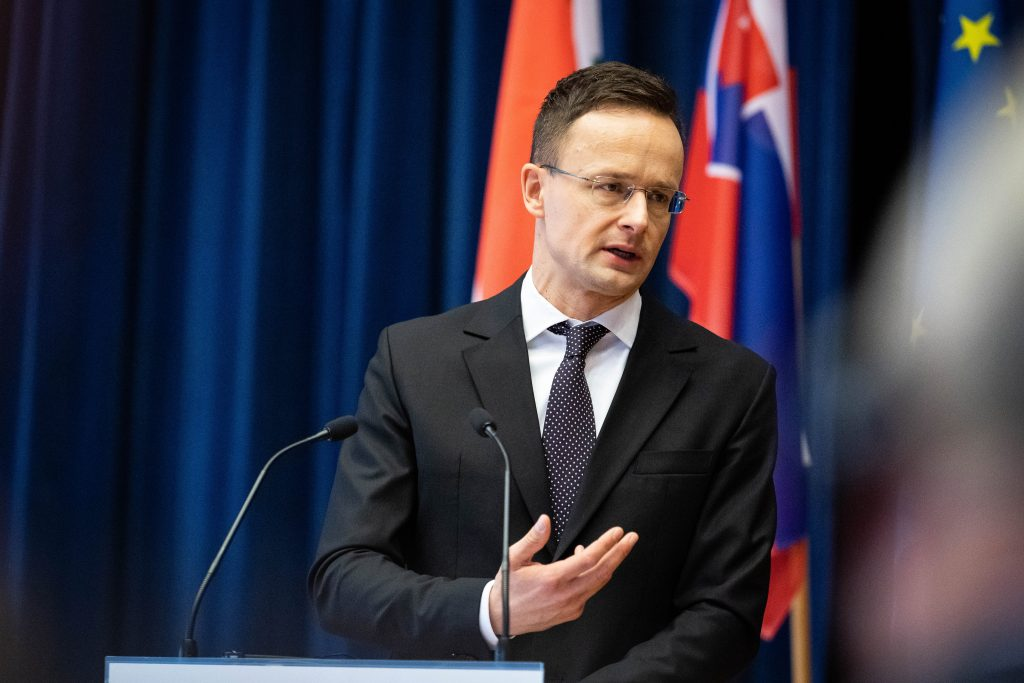 Szijjártó: Record Number of Construction Projects Under Way between Hungary, Slovakia post's picture