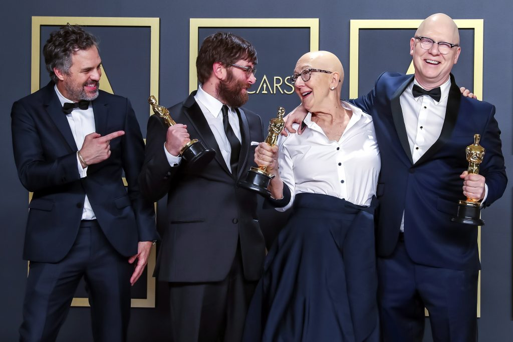 Director With Hungarian Roots Wins Oscar for Best Documentary Feature post's picture