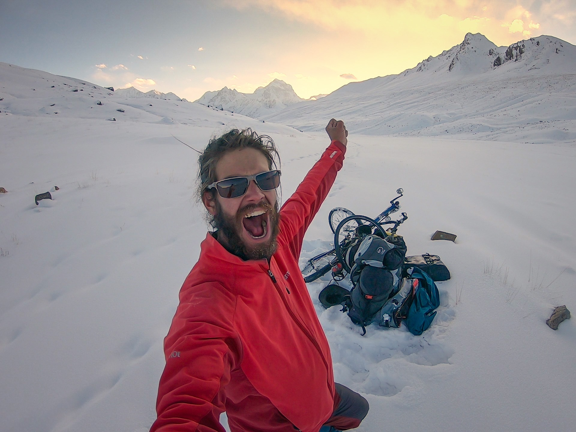 Hungarian Adventurer Follows Sándor Kőrösi Csoma's Way to Tibet, Imprisoned in Pakistan
