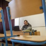 Third Wave May Cause Re-introduction of Digital Education in Hungary's Primary Schools