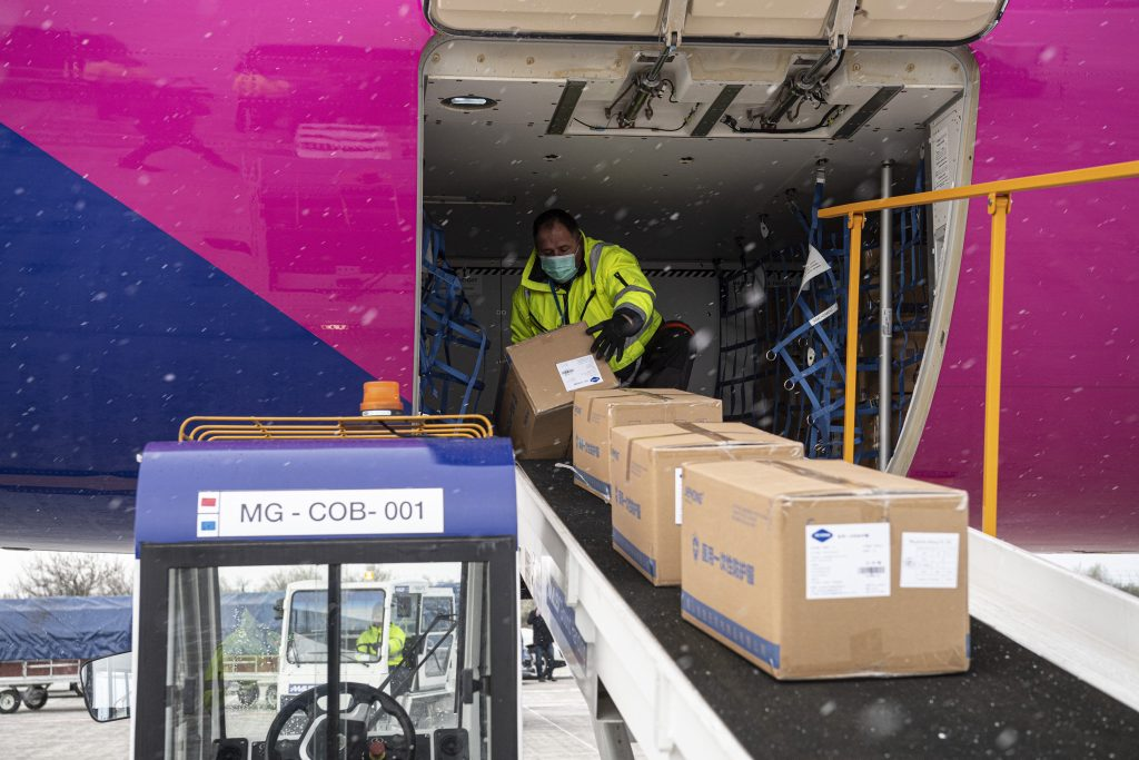 Coronavirus: First Consignment of Protective Gears Arrives from China post's picture