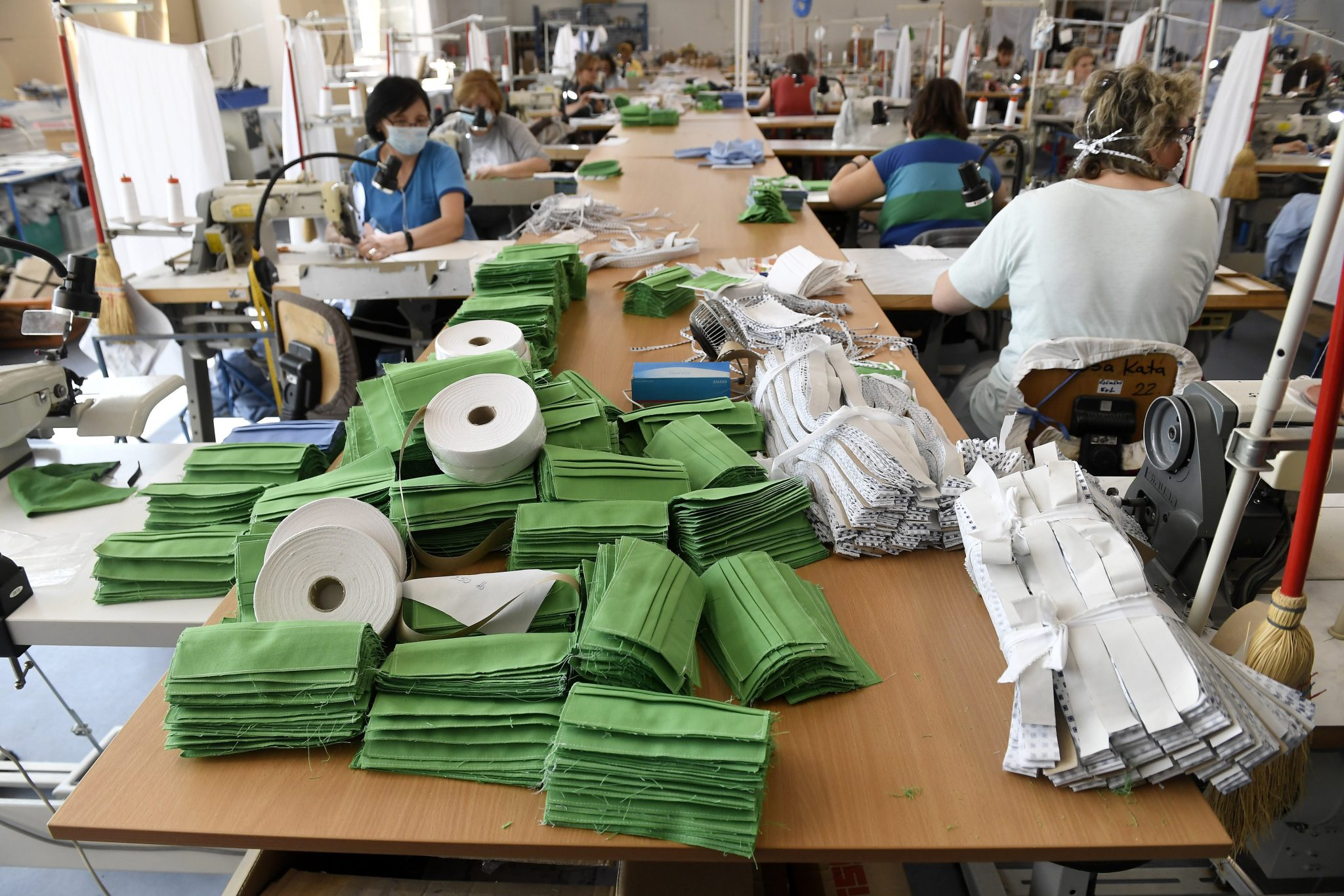 Coronavirus: State-owned Company Starts Making Surgical Masks post's picture