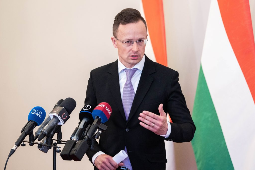 Szijjártó to CNN: Dissolution of Hungarian Parliament 'Fake News' post's picture