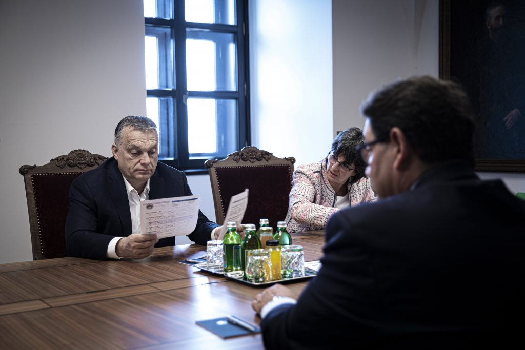 Coronavirus: Orbán Meets Health Experts post's picture