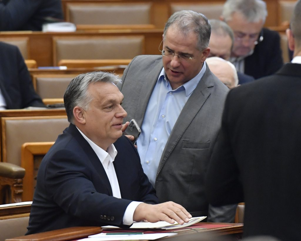 Hungarian Press Roundup: Parliament Passes Coronavirus Emergency Bill post's picture
