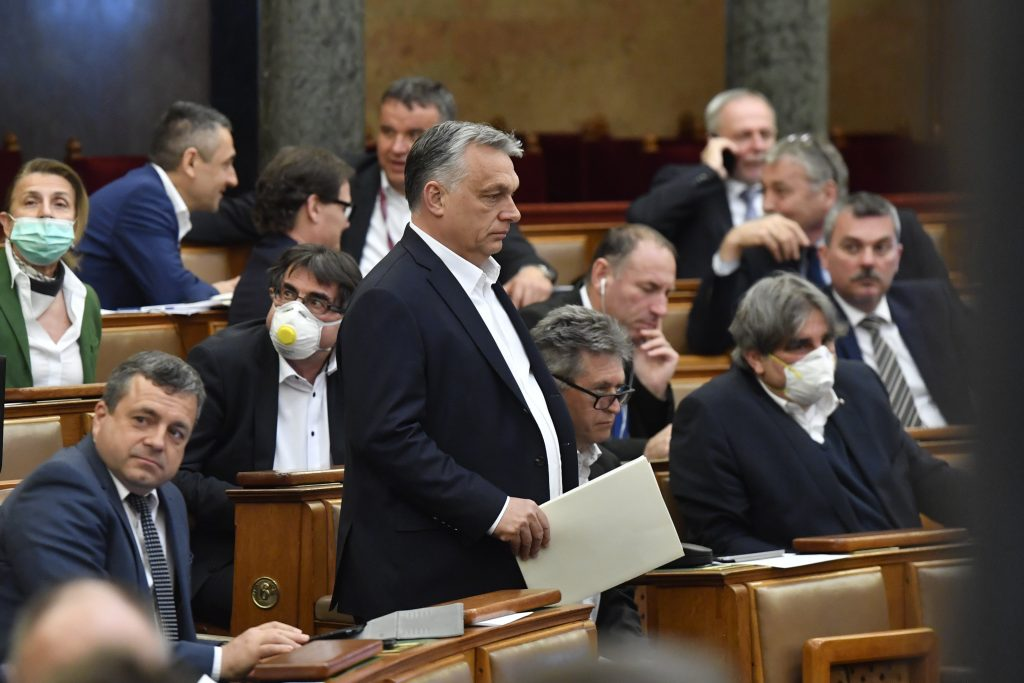 Hungarian Press Roundup: Weeklies on Hungary's Epidemic Emergency Bill post's picture
