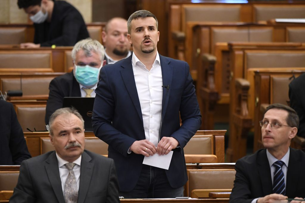 Parlt Immunity Cttee Rejects Jobbik Leader's Appeal Against Record High Fine post's picture
