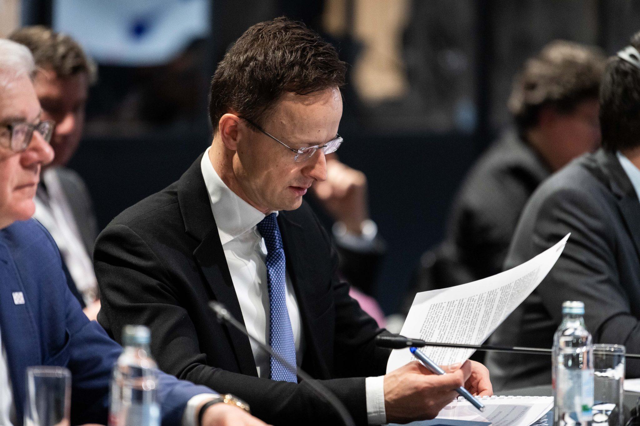 Szijjártó: EU Pledges Solidarity to Greece