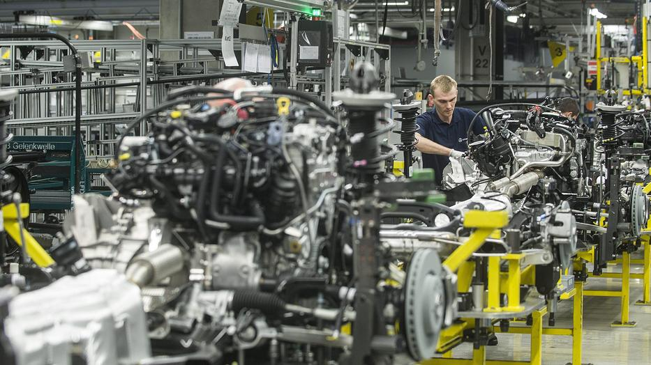 Automotive Industry in Hungary Restarts Production Gradually, Effects May Still Remain post's picture