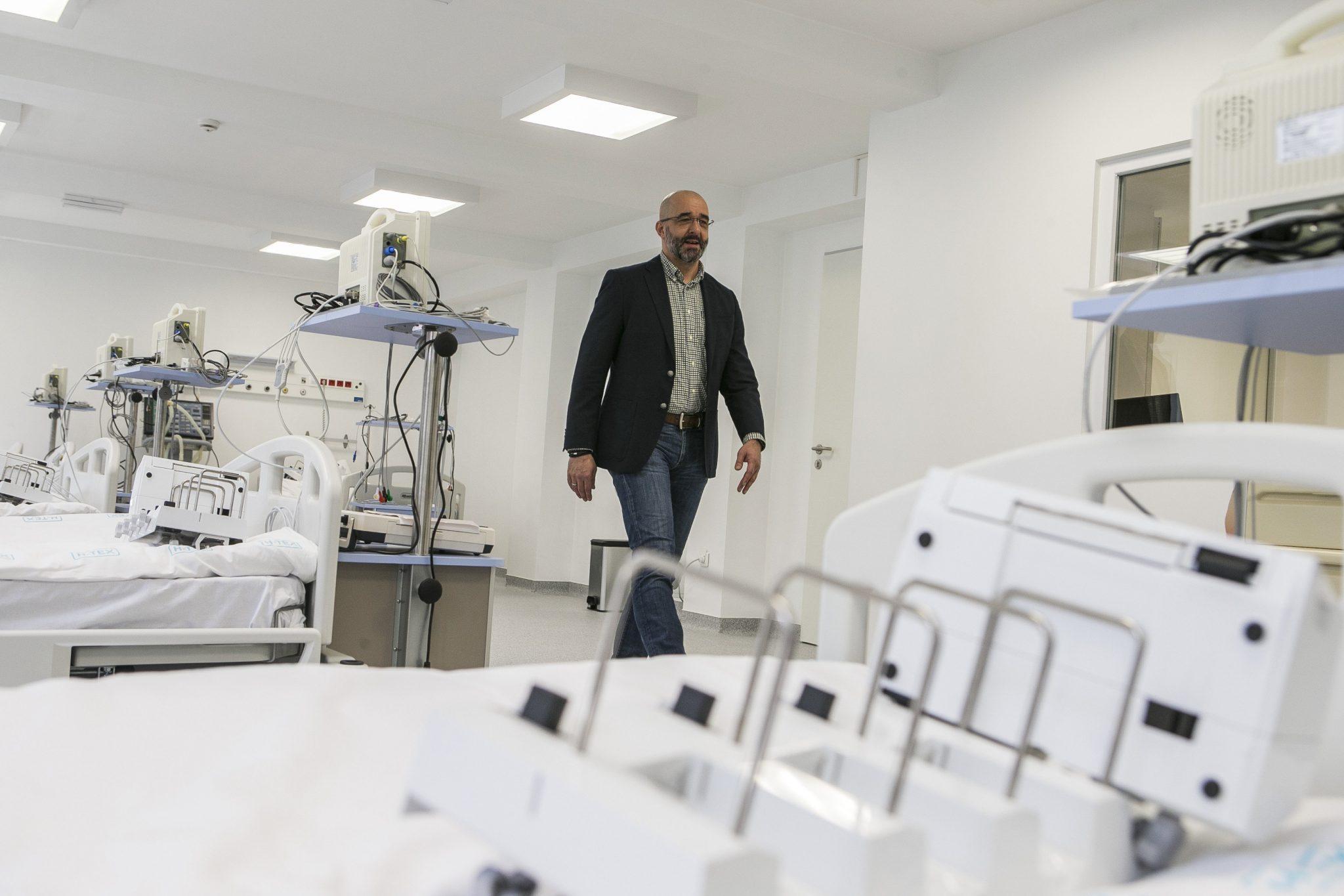 Coronavirus: Gov't Official Praises Kiskunhalas Temporary Epidemic Hospital post's picture