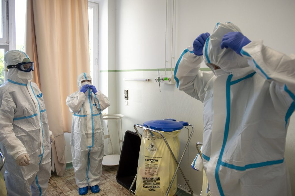 Coronavirus: Further 10 Fatalities, Only 39 New Registered Cases in Hungary post's picture